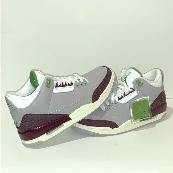 new product 586b3 142d8 Air Jordan 3 retro